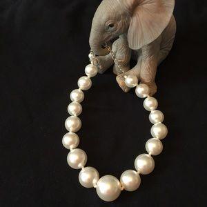 Jewelry - 🛍SALE!!!! Pretty in pearls!!